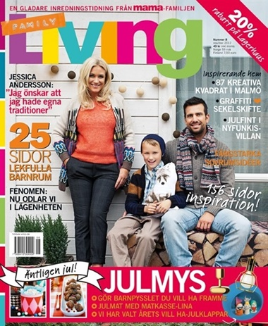 Family Living omslag